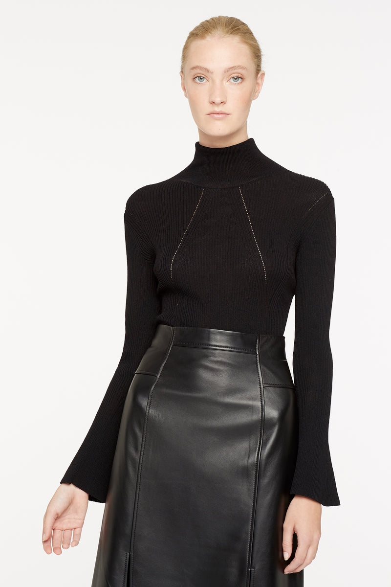 SENSORY OVERLOAD TURTLE NECK TOP