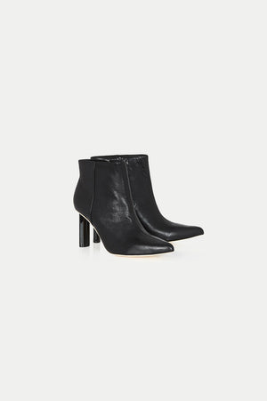 RE-BOOT POINTED BOOTE