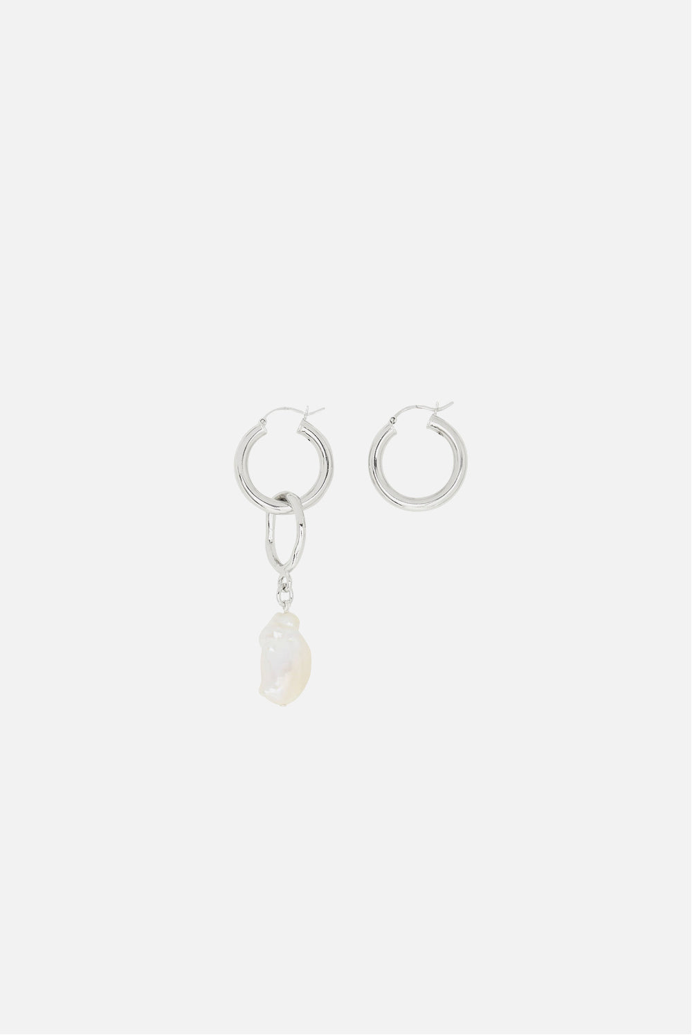 MOUNSER MILKY WAY TEAR EARRING