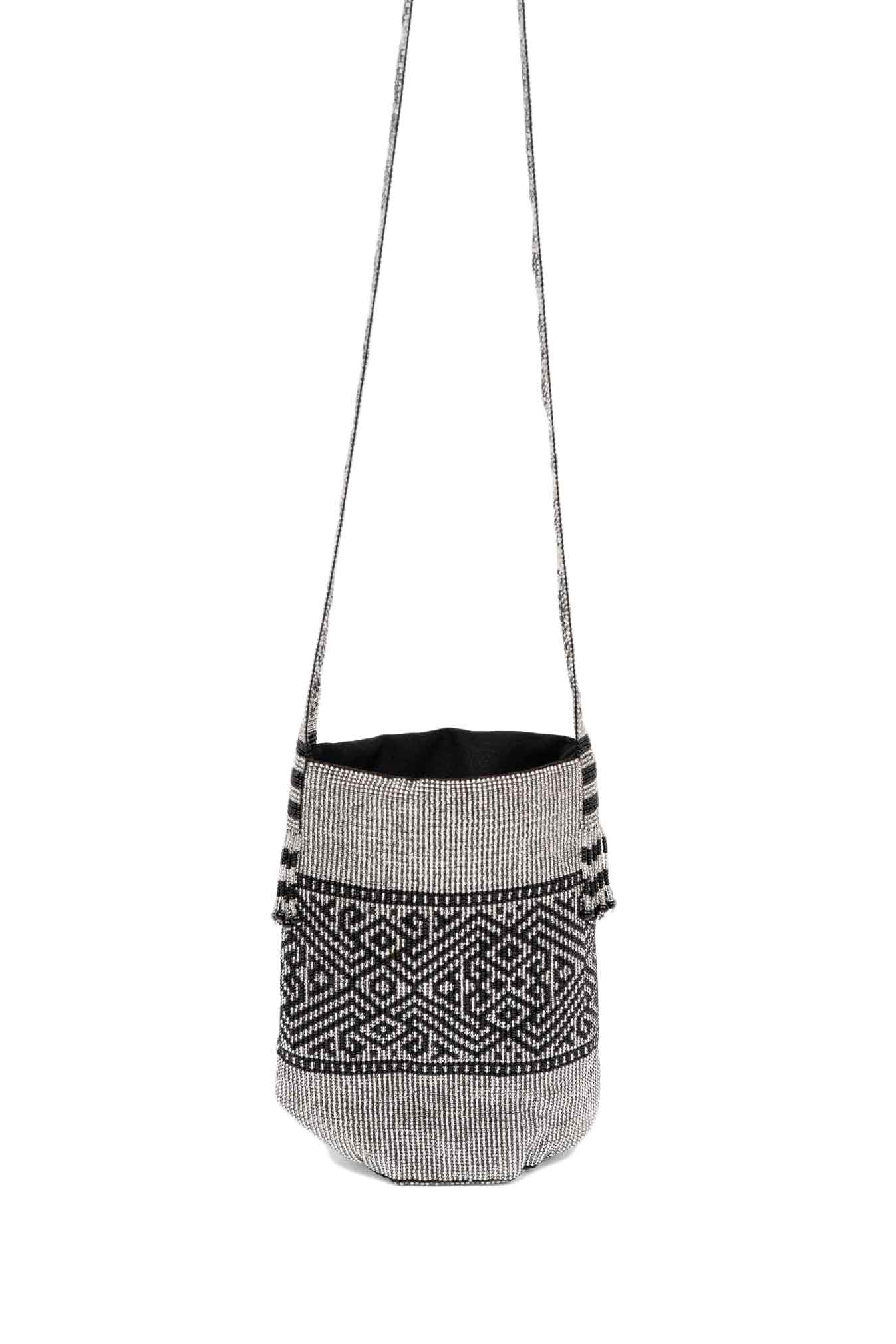 Kamentsa Luxurious Silver Mochila Bag