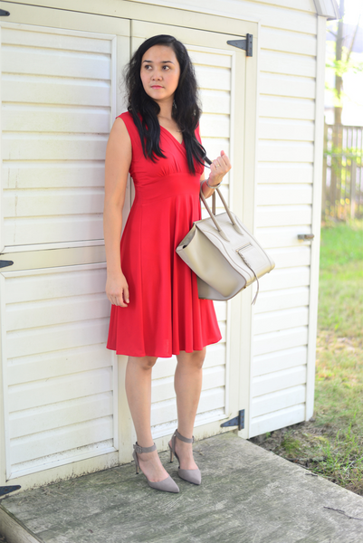 Classic red sleeveless dress