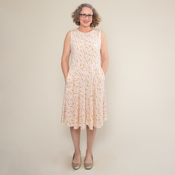Vintage Maternity Clothing Styles 1910-1960 Kate Dress - Field of Dreams $108.00 AT vintagedancer.com