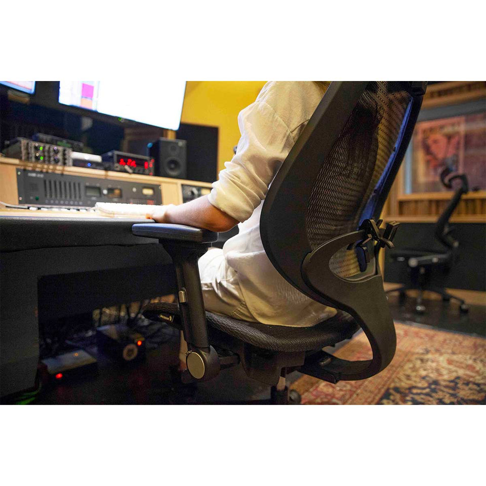 Wavebone Voyager II™ Ergonomic Studio Chair Mesh Seat & Back