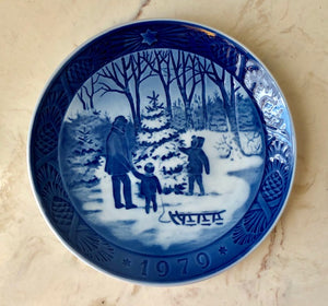 Danish Christmas Collectible Plate - 1979 Royal Copenhagen
