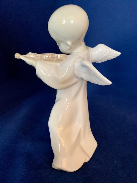 Lladro 4536 Chinese Angel