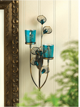 Load image into Gallery viewer, Peacock Plume Wall Sconce