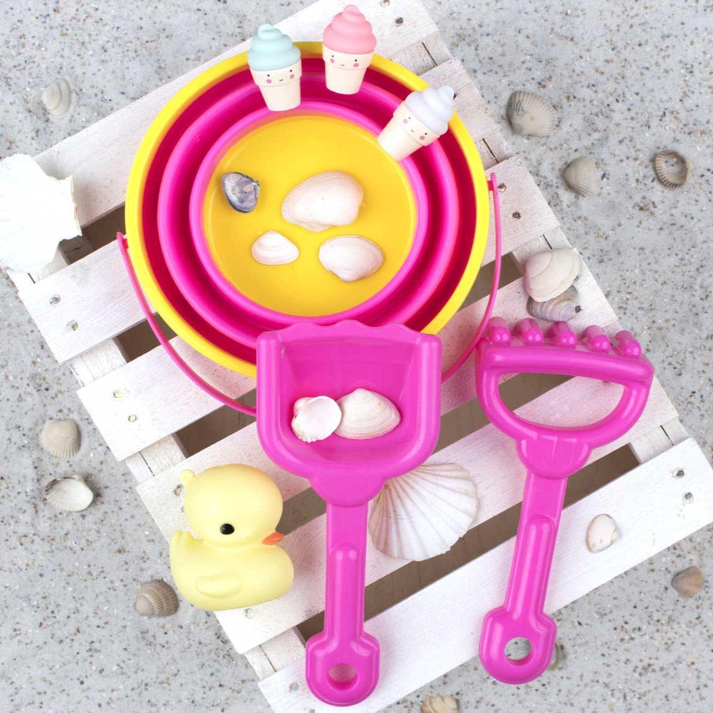 KIT JUEGO EN LA ARENA PINK LITTLE LOVELY - Farmashopping