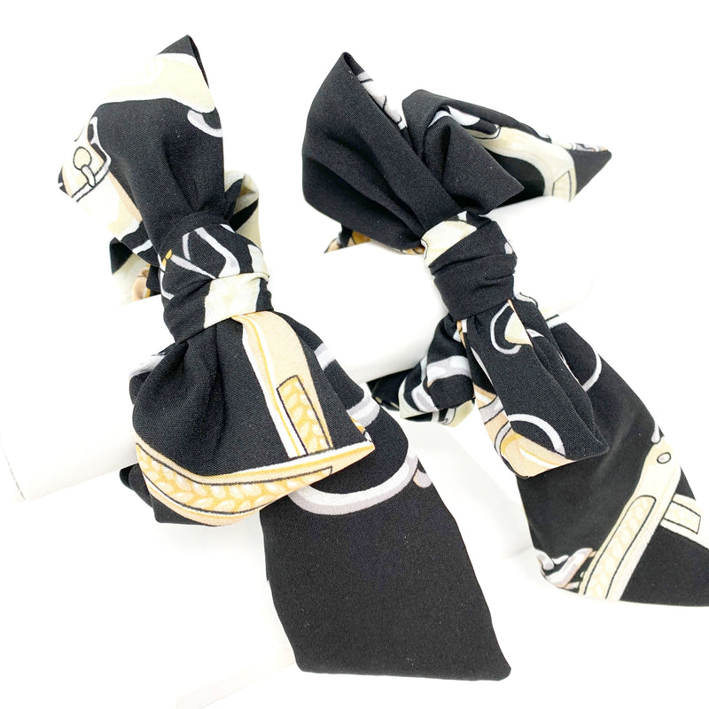 Printed Bow Scarf Scrunchie in Black