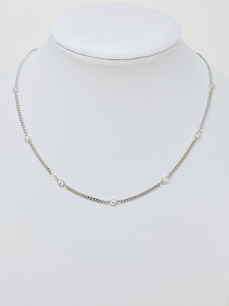 Foxy Chains and Stones Necklace in Silver