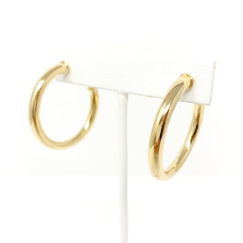 Medium Tube Hoops in Gold