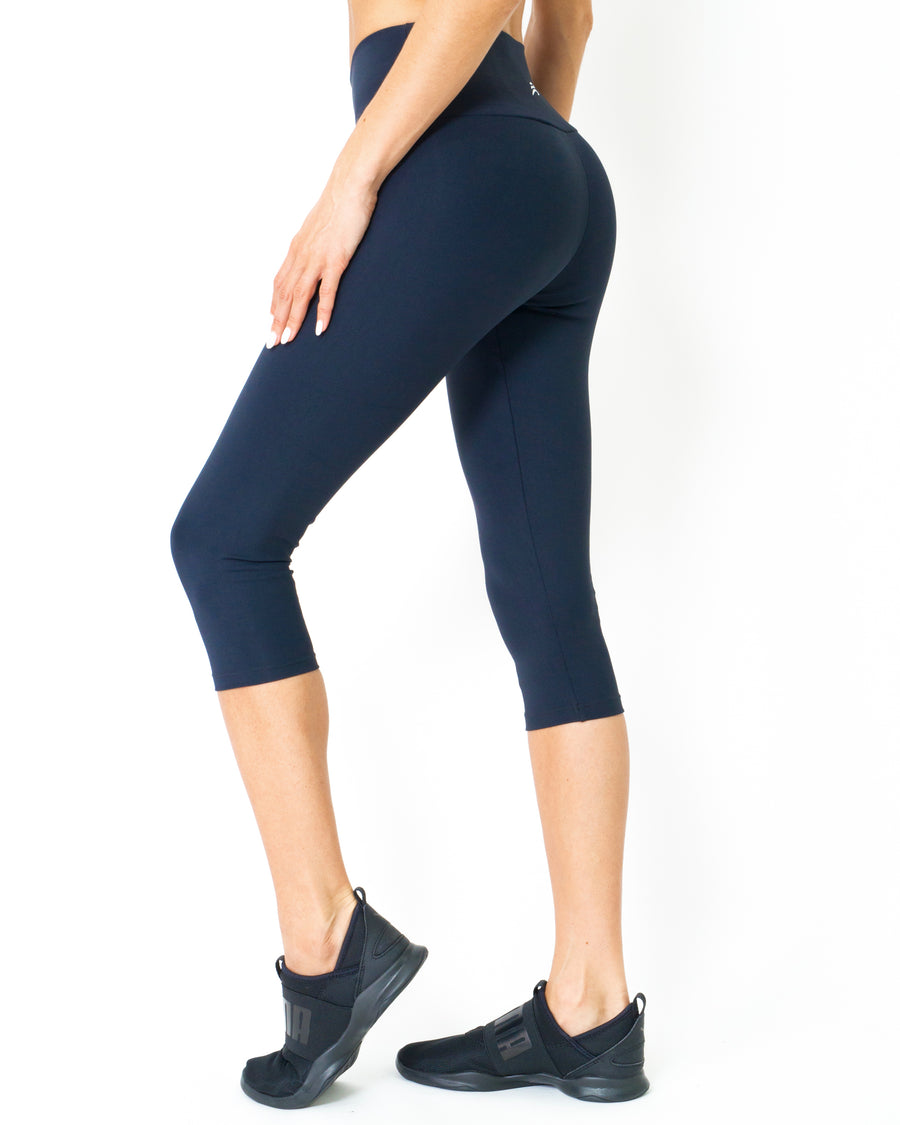 Corsario Thermal-Comfort Capri Leggings - Savoy Active