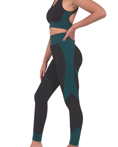 Trois Seamless Legging - Black with Teal Blue