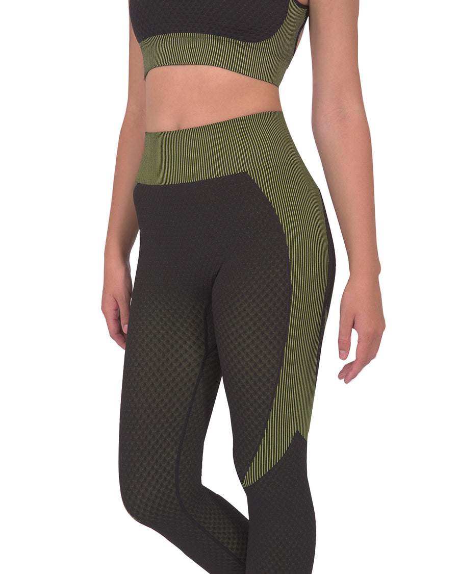 Trois Seamless Legging - Black with Green