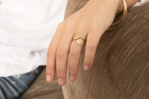 The Bubble Signet Ring-2 diamonds