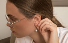 Load image into Gallery viewer, The Mini-Mini Me Pearl-Earrings