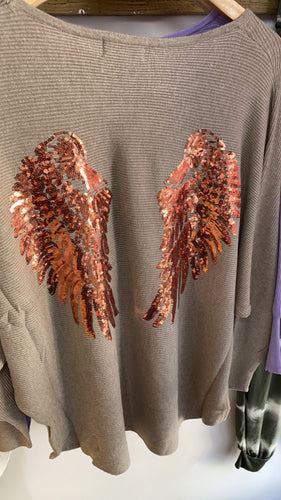 Angel wing knitwear