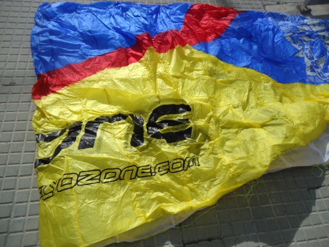Frenzy Ultralite 2012 Complete 13.0 sq m, Blue/Red/Yellow on White