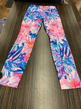 Load image into Gallery viewer, Lilly Pulitzer Pants Size 0 (25)