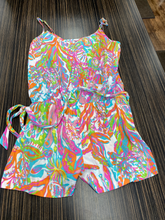 Load image into Gallery viewer, Lilly Pulitzer Romper Size L (12 14)