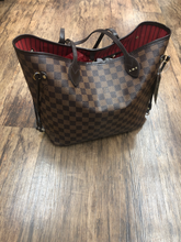 Load image into Gallery viewer, Louis Vuitton Large Leather Handbag
