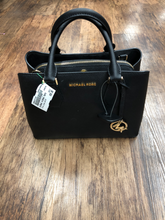 Load image into Gallery viewer, Michael Michael Kors Leather Handbag