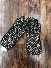 Load image into Gallery viewer, Kate Spade Leather Gloves Size S (4 6)