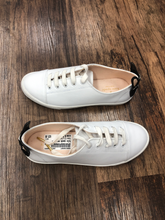 Load image into Gallery viewer, Kate Spade New York Sneakers Size 6.5