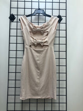 Load image into Gallery viewer, Lulus dress SIZE SMALL