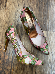 Ted Baker London Heels Size 7.5