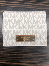 Load image into Gallery viewer, Michael Michael Kors Leather Wallet