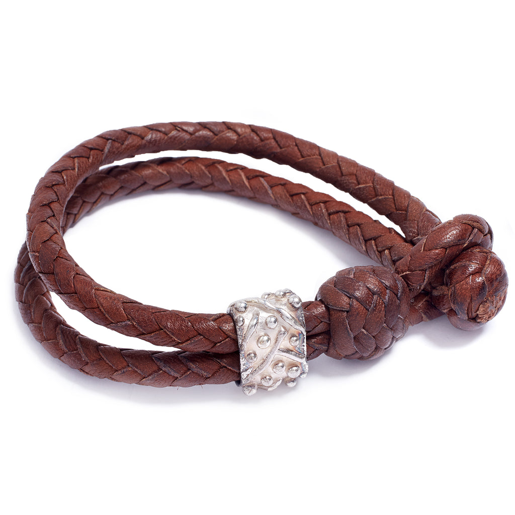 Silver and leather bracelet
