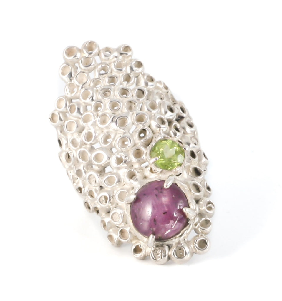 Ruby and peridot ring