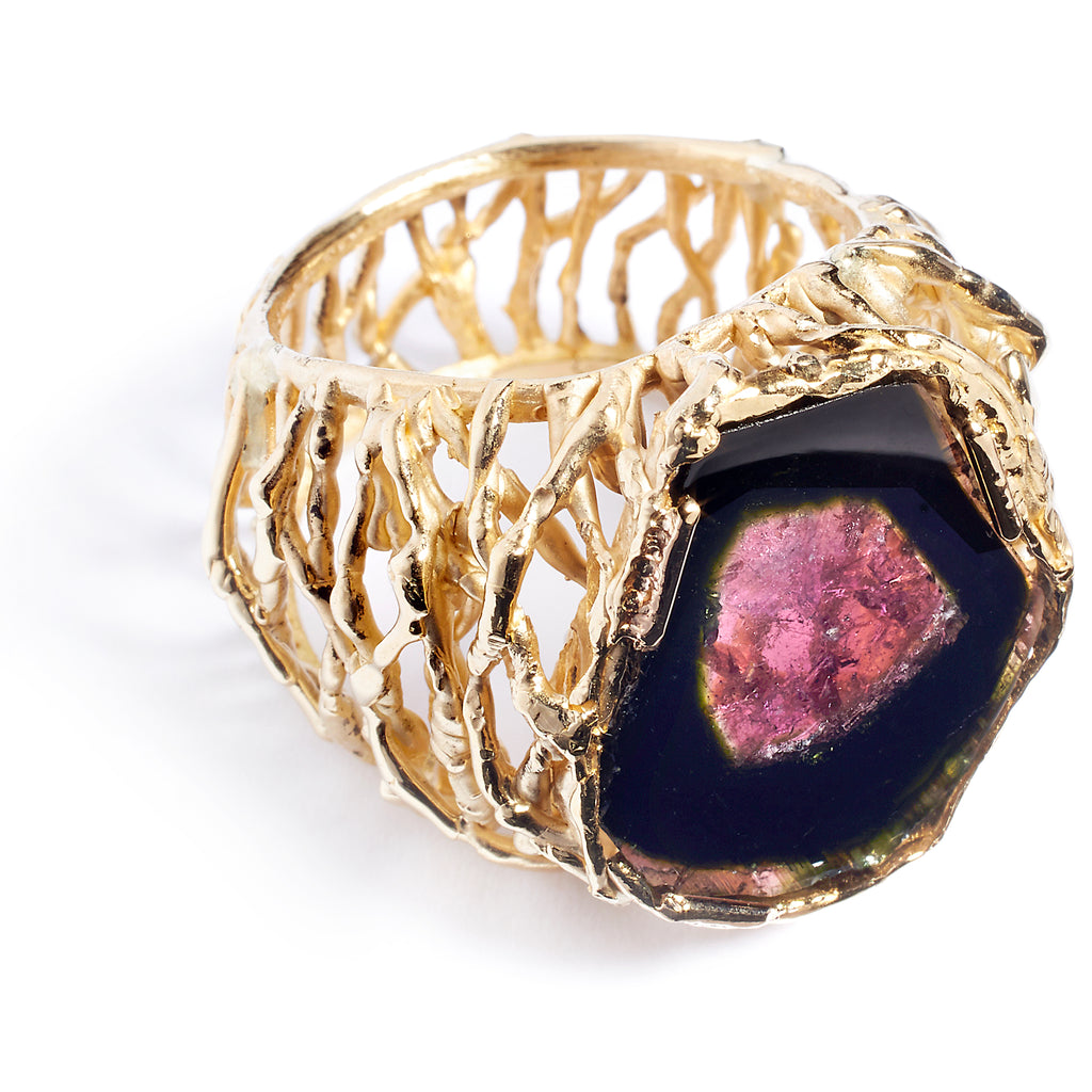 Yellow gold and tourmaline ring