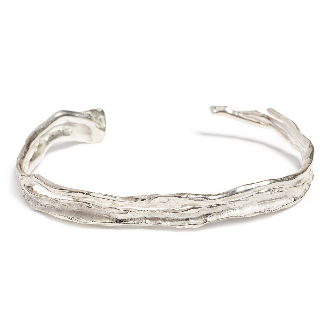 silver textured rigid bracelet for men