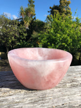 Load image into Gallery viewer, Rose Quartz Bowl