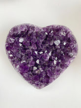 Load image into Gallery viewer, Amethyst Uruguay Heart