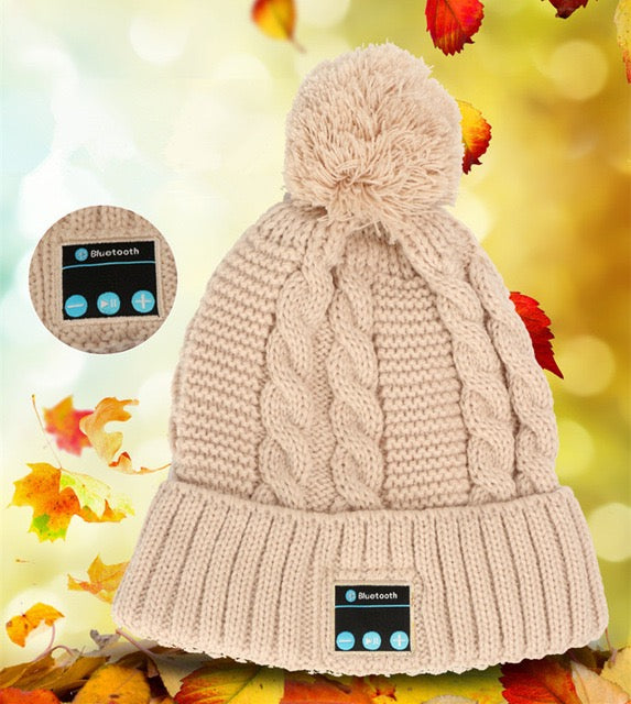 Supplier Womens pom pom beanie hat winter cap bluetooth wireless