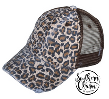 Load image into Gallery viewer, Leopard Mesh Cap