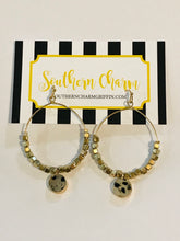 Load image into Gallery viewer, Sara Hoop Earrings