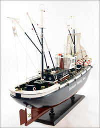 1.2 m Model Wooden Sailing Boat - Velvet Signature Luxury e-Retail Bar