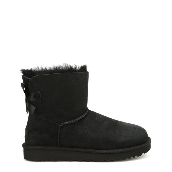 Mid-Rise Ugg Boot (Black)