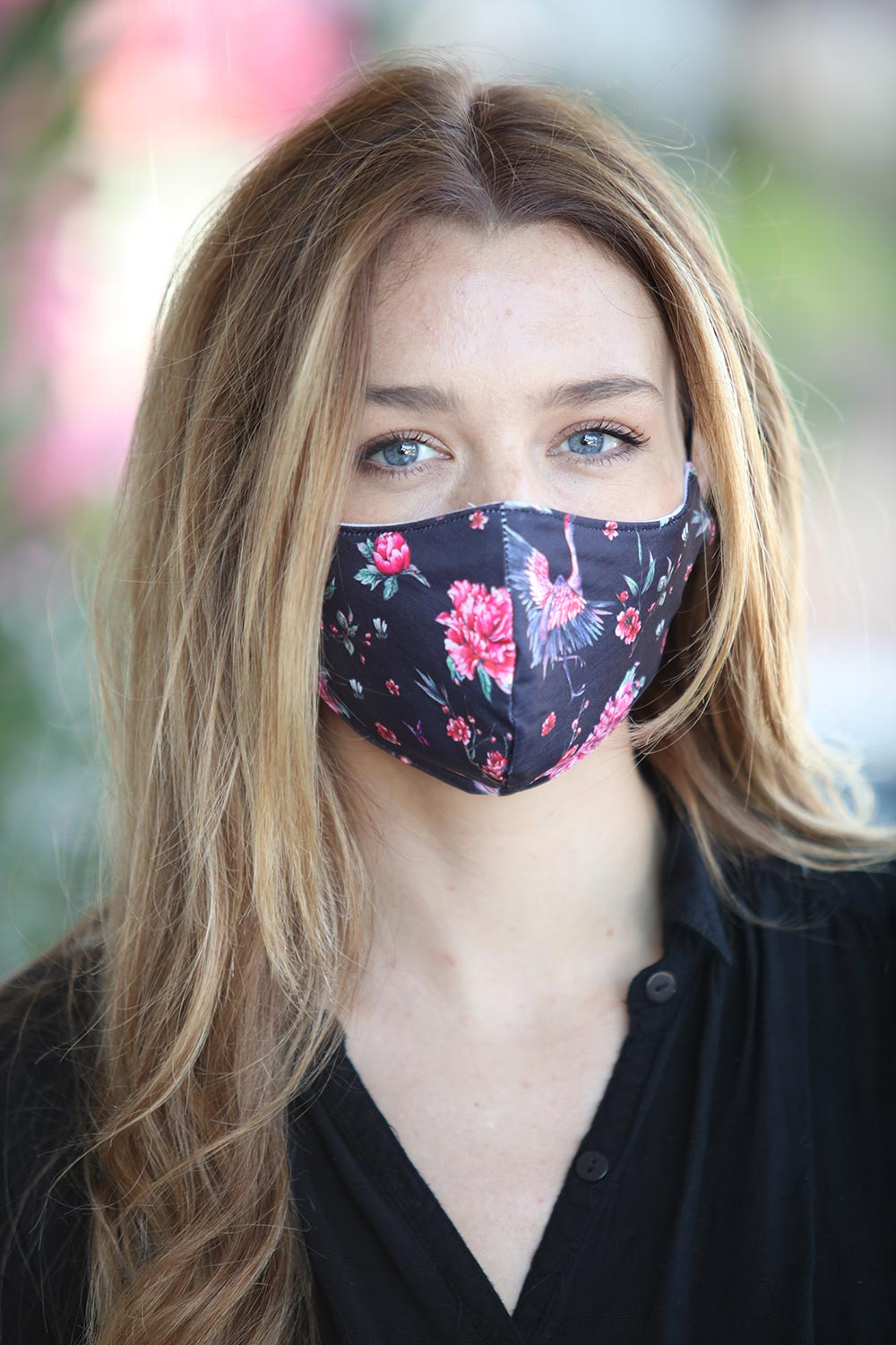 Black with Pink Flamingo Women's Face Mask