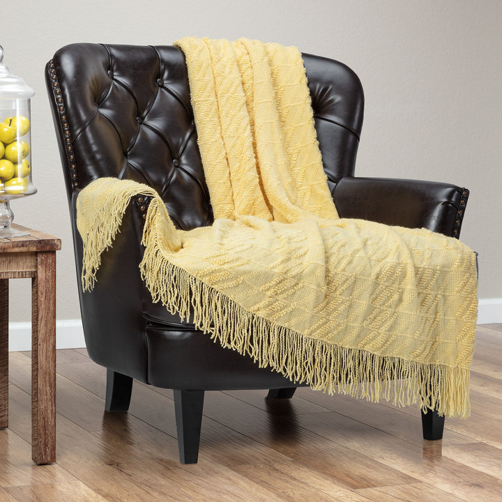 Bevel Delicate Yellow Throw