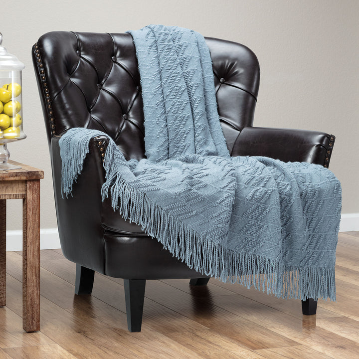 Bevel Light Blue Throw
