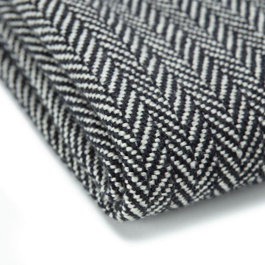 Mini Chevron Black Throw