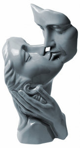 Lovers Kissing Sculpture