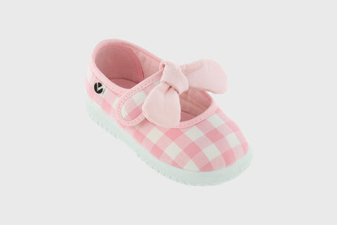 Victoria - Light Pink Gingham