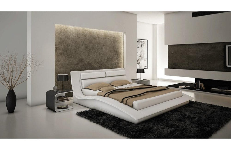 Amare Bed in White