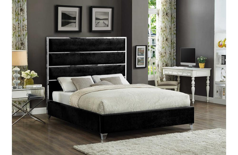 Eachthighearn Black Bed