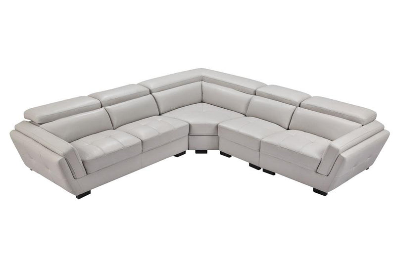 2566 Sectional Sofa